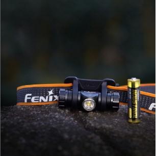 Latarka diodowa FENIX HM23...